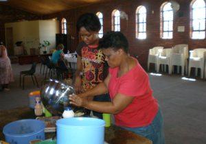 Port Elisabeth - etan klaar maken voor 100 kinderen